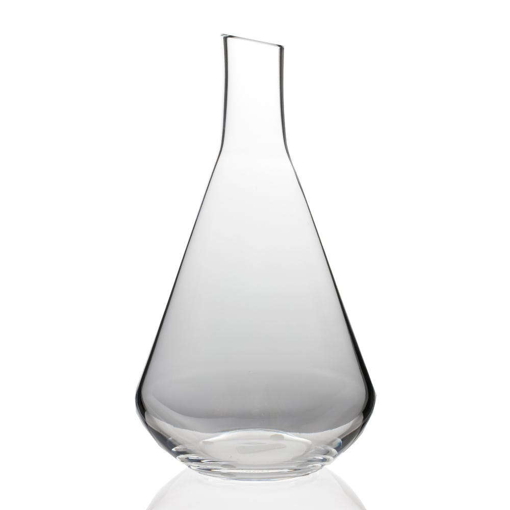 A Carafe That Is A Blind Glass chateau baccarat decanter/carafe
