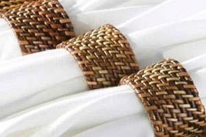 CALAISIO Woven Reed Napkin Ring