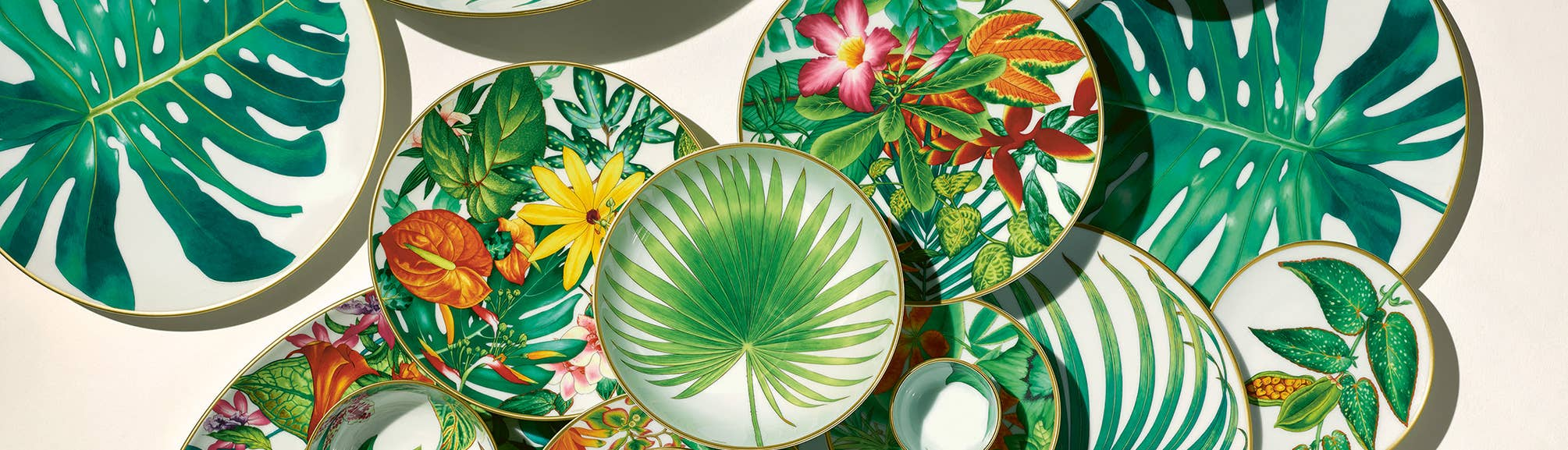 Floral themed plates and bowls from Hermès Passifolia collection