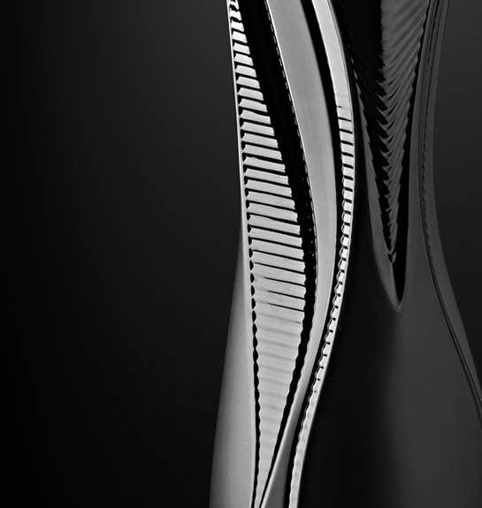 Black Visio Vase